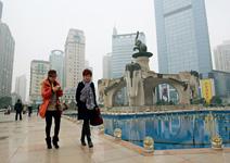 三線城市1〉 南寧 服務業更勝工業, 要當中國威尼斯