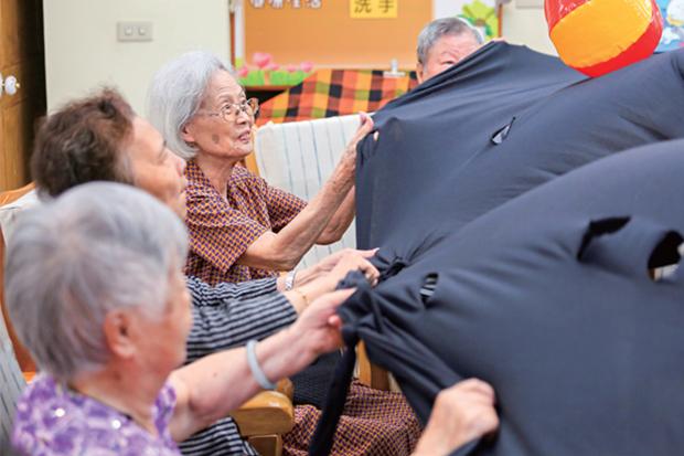 退休早規劃 拒當「下流老人」