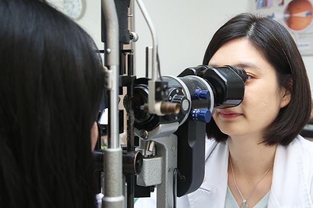 40歲以上「眼忙族」 每年定期眼睛檢查