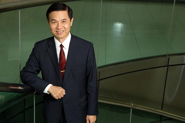 贏在轉捩點:大學校長經驗談〉中華大學前校長 鄭藏勝