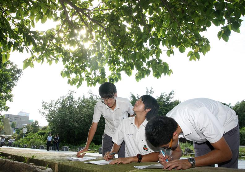 高中新增必修4學分 強調探究與實作