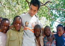 用貧窮體驗做教育