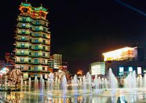 鄭州 中原地區領頭城市, 消費世界兩極化