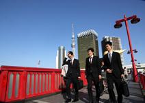 安倍新政120天,改變了日本什麼?