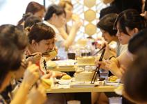 地表最便宜米其林餐廳, 排隊4小時也甘願 - 華安 - ceo.lin的博客