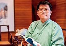 台大人氣歷史教師 呂世浩