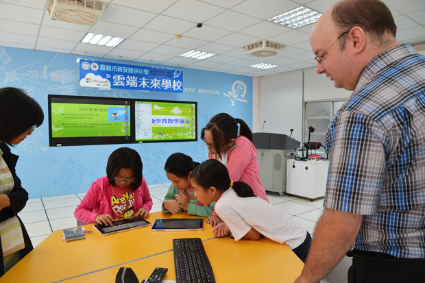 耕耘雲端科技 打造未來學校