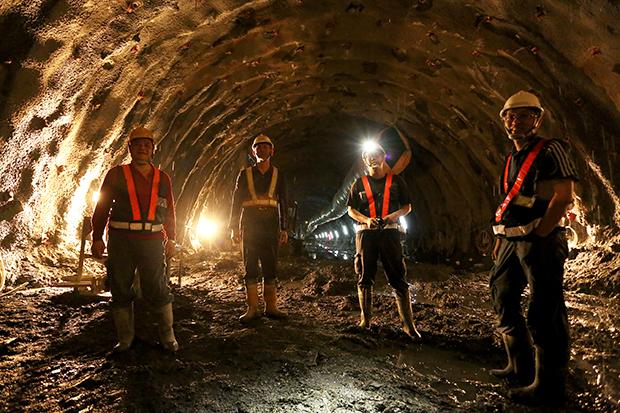 要500人只來5人,月薪14萬找嘸隧道工