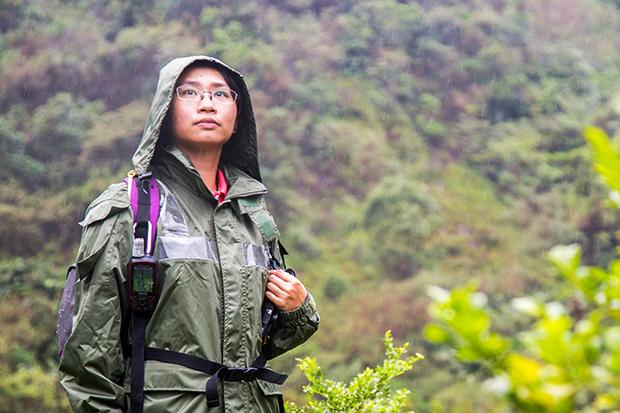 不怕隻身入山, 賣命守護2000公頃森林