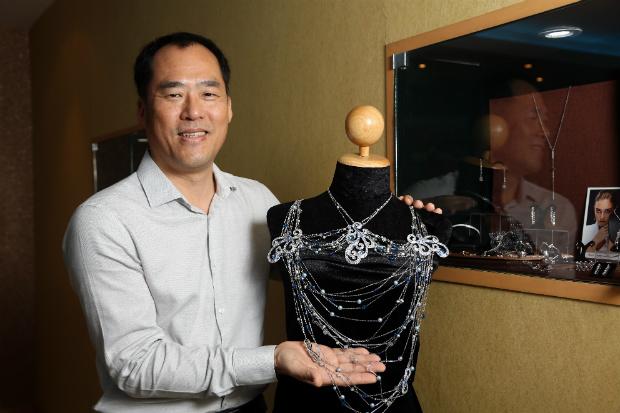 掌握曼谷設計優勢 打造年營收逾20億珠寶王國