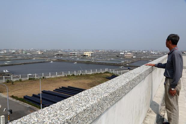 16年蓋24座離岸堤 搶救海平面下村落