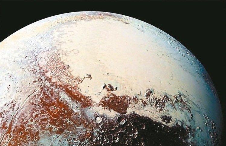 台灣實驗證實:冥王星 有地球生命起源種子