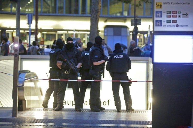 慕尼黑購物中心發生10死槍擊案  疑為恐攻