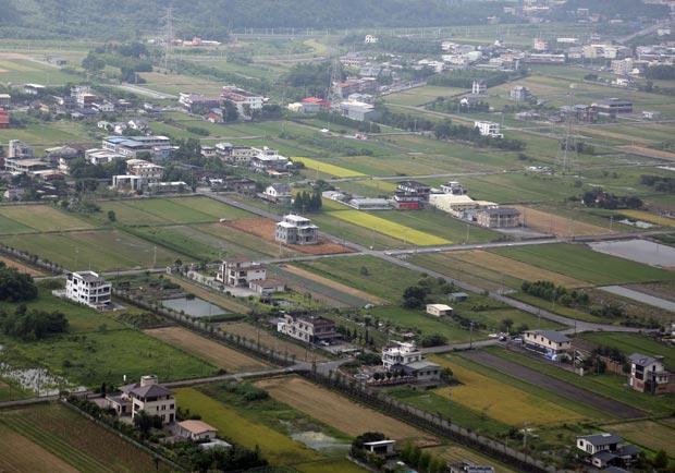 農地破碎、老農凋零,台灣農地改革須有共識