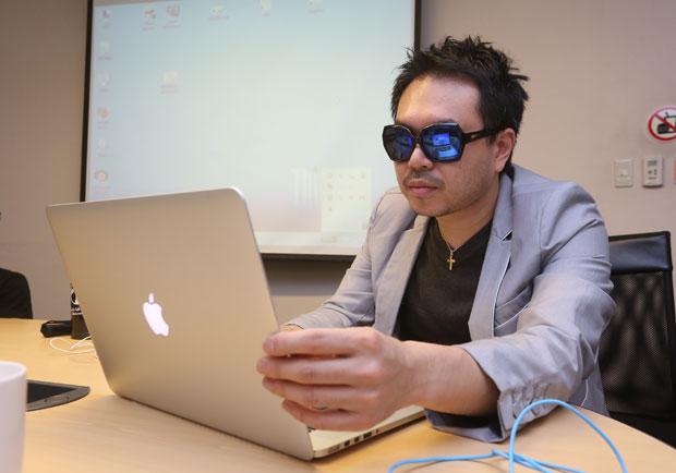墨鏡哥攜手交大團隊,開發視障專屬APP
