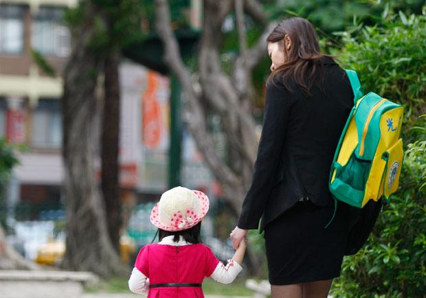 一年只能休息3天,87.6%的職場媽媽想離家!