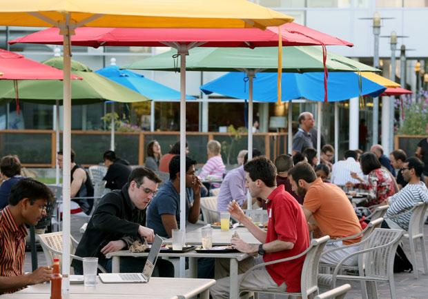 用餐時間也會影響肌膚生理時鐘?