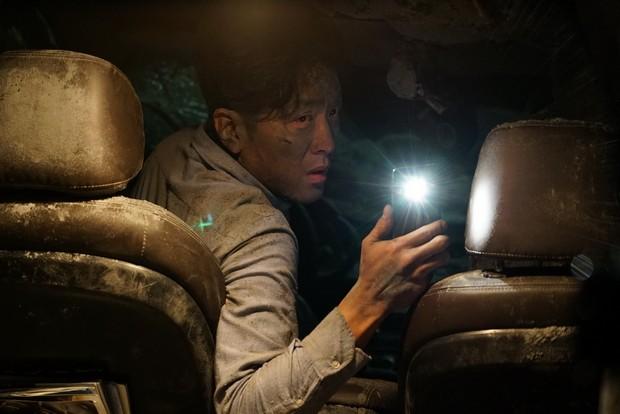 韓國災難大片《失控隧道》,深刻體驗人性的震撼教育