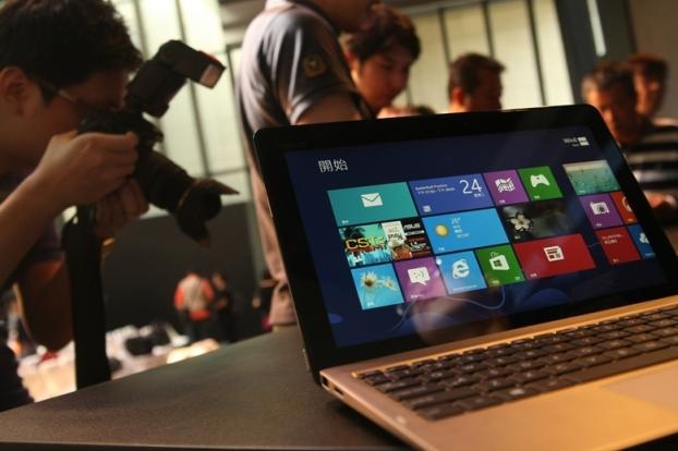 華碩機海戰術 盼成Windows 8浪潮下贏家