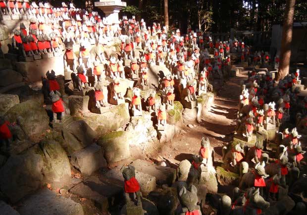 日本新年就是要「初詣」-跟奈奈美來去豐川稻荷走走