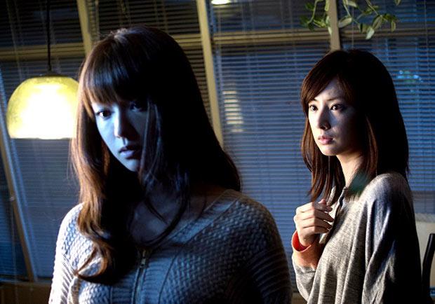 《我的恐怖室友》:美女使壞的可能