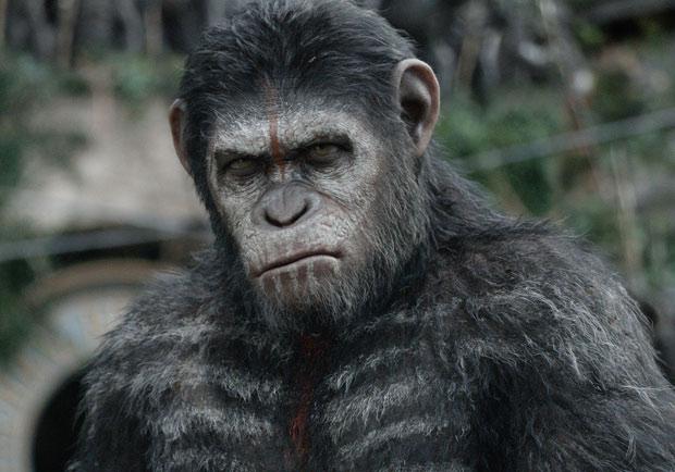 《猩球崛起:黎明的進擊》凱撒領導猿人騎馬出戰 氣勢凌人