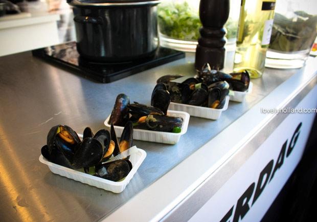 傳統荷蘭美食輕鬆做!鮮嫩肥美淡菜 & 暖呼呼薄荷茶