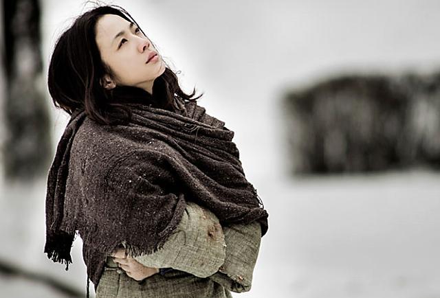 她認出了風暴:許鞍華的《黃金時代》