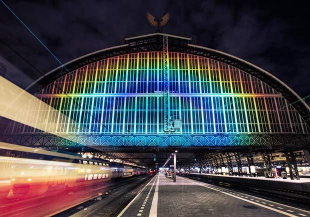 125年的歷史風華!看見百年老車站的一道彩虹