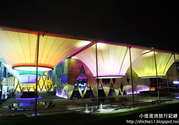 造訪大東文化藝術中心,看見美麗的高雄夜景