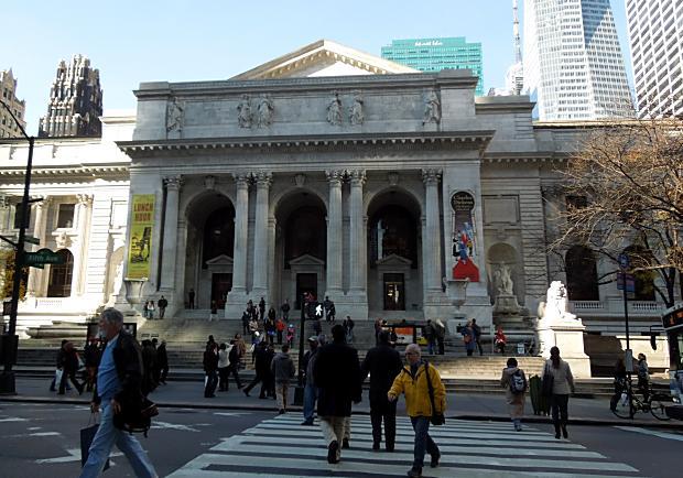 進入《明天過後》電影場景:紐約市立圖書館
