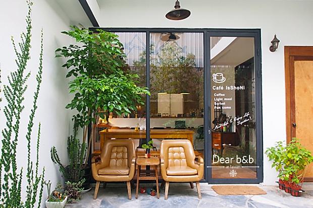老洋房中的咖啡香──台南旅宿.Café IsShoNi 一緒二咖啡民居