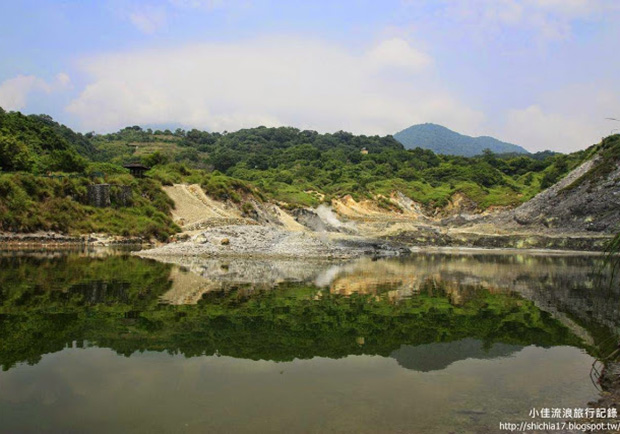 走一趟台北陽明山!看見美麗孤寂的硫磺谷步道