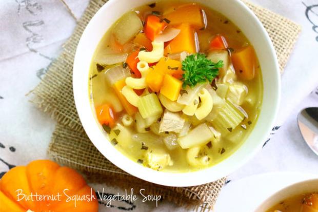 秋冬熱熱喝!高纖食感黃金湯──奶油南瓜蔬菜湯