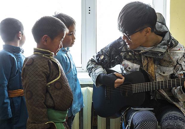 盧廣仲邀請您認購慈善獎券,齊力防治亞洲兒童失明!