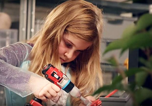 玩具沒有性別!法國連鎖超市Systeme U打破性別歧視,讓孩子們選擇自己的玩具!