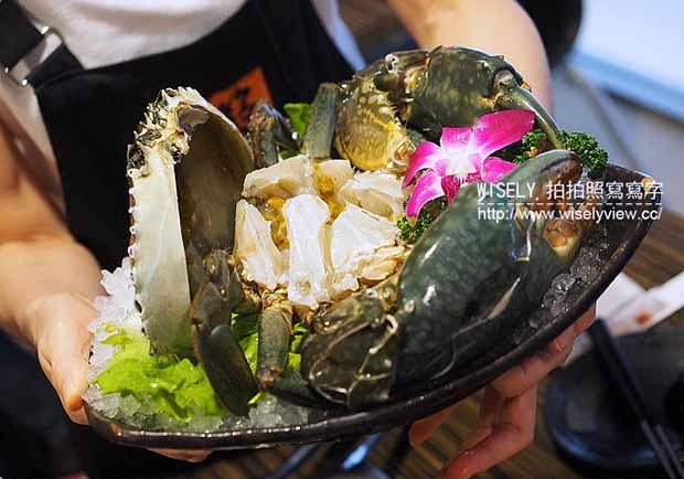 秋冬超暖胃的螃蟹火鍋!讓人食指大動的十二籃粥火鍋