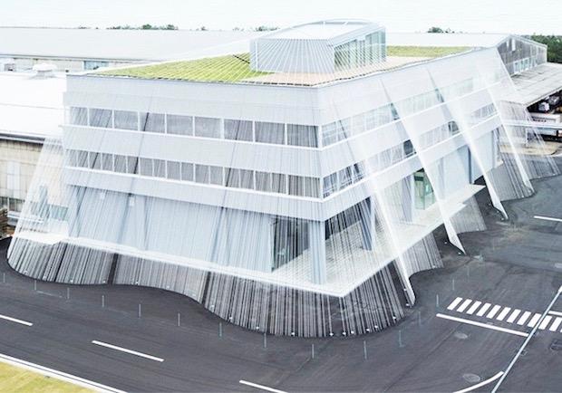 建築大師隈研吾出手「抗震」!用碳纖維溫柔呵護每一棟建築