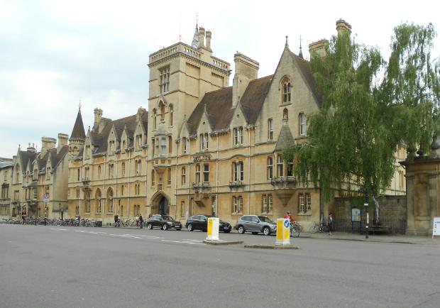 世界大學排名第一:歷史人文最盛的牛津大學