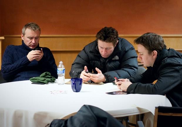 你有手機成癮症?近半數美國人生活不能沒有手機