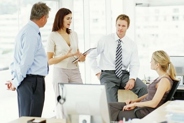 小心被人利用!5個千萬要避免和同事聊的話題