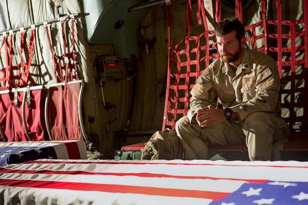 《美國狙擊手》:戰場與情場,悲劇英雄最震懾人心的故事
