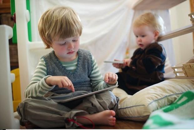 在科技綁架、人際疏離的時代,孩子應該怎麼教?