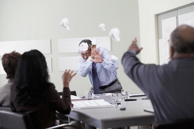 最可惡的職場霸凌!5大工作超黑暗的欺侮行為