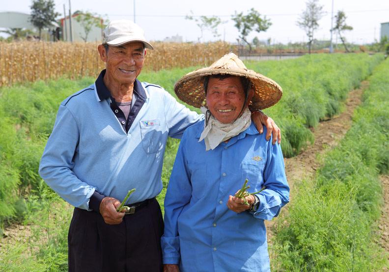 林六安、許錦村:務農逾60年 接力投入食農教育