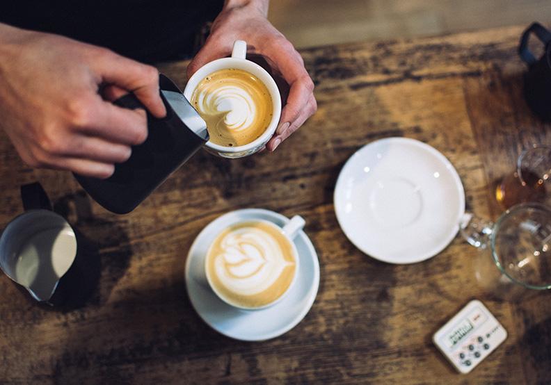 為什麼咖啡店開在田中央也可以生意興隆?