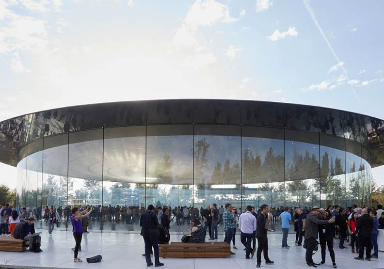 帶你一探蘋果公園 向「飛碟」總部行最敬禮