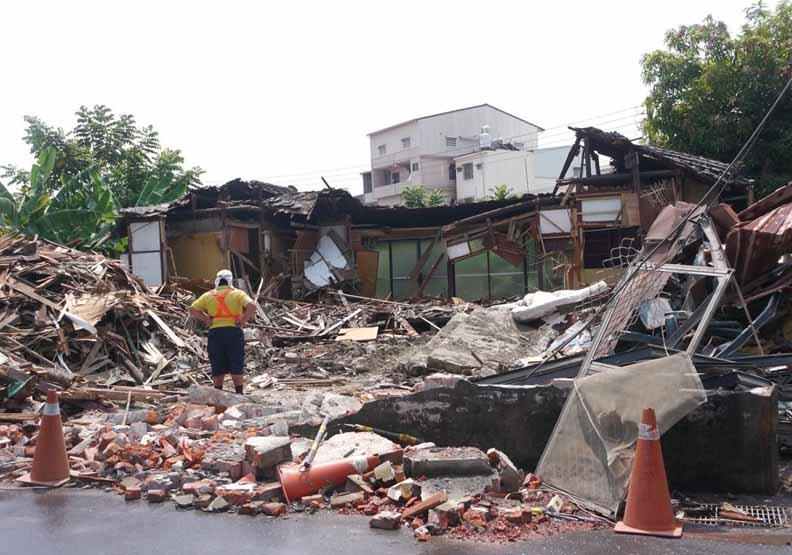 高市府無預警拆除90年歷史日式宿舍 文化界人士心痛