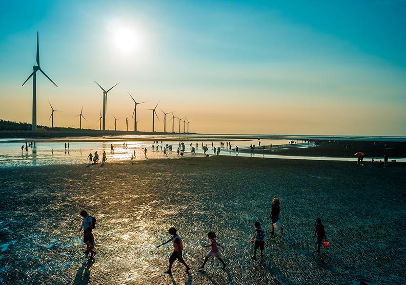 經濟部力促落實2025年再生能源推廣目標