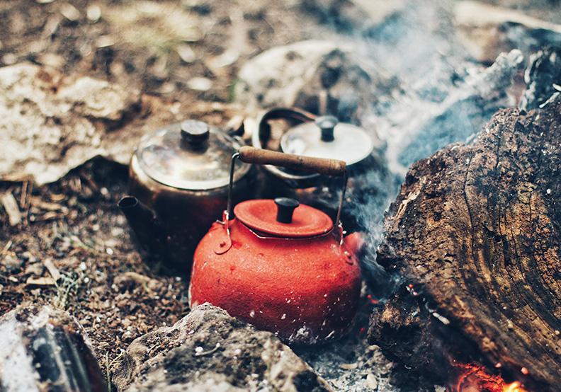 修行在日常 余秋雨:留心茶炊